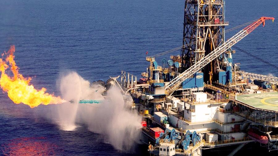 Sedco_Gas_Field_Leviathan_Wide